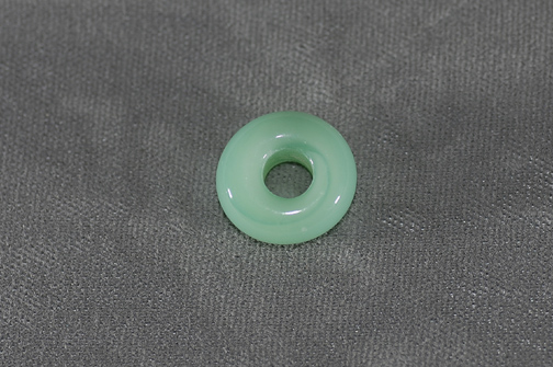 (5mm hole) Nile green (looks like jade)