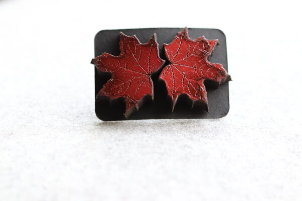 Red Maple leaf 1-2